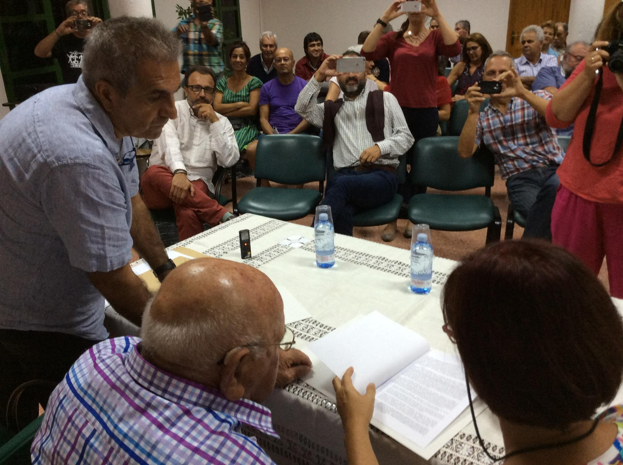 Firma del acuerdo de custodia en Las Tirajanas